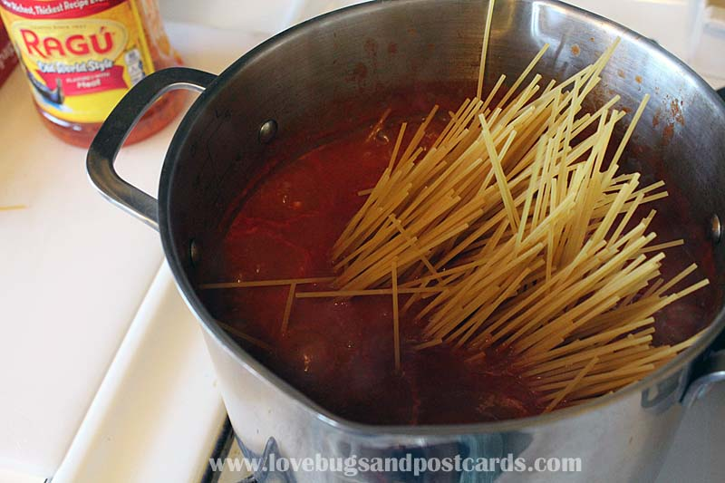 Ragú® #Saucesome One-Pot Pasta