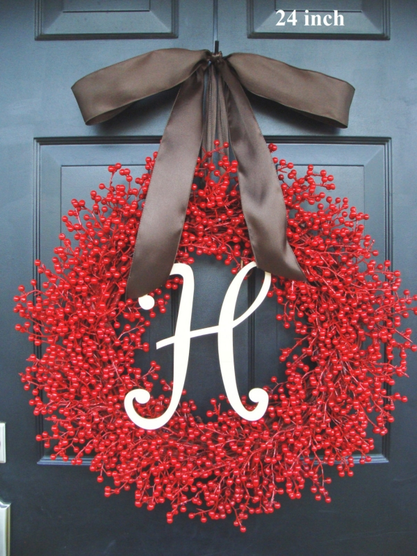 15 Christmas Wreath Ideas - Berry and Mnogram Letter Wreath