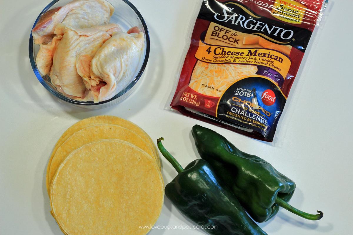 Mini Taco Salad Recipe {with Chicken, Bacon and Avocado}