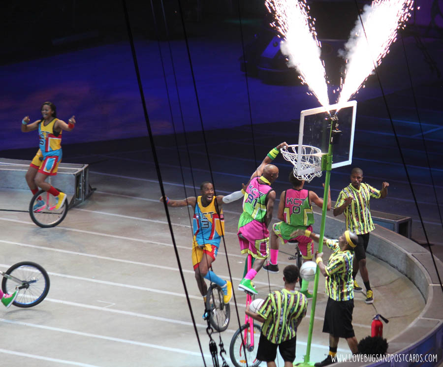 """Review of Ringling Bros and Barnum & Bailey """"Out of this World"""" Circus"""