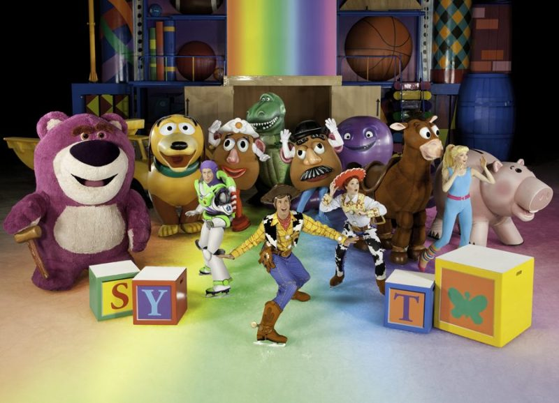 disney_on_ice_worlds_of_enchantment_toyStory
