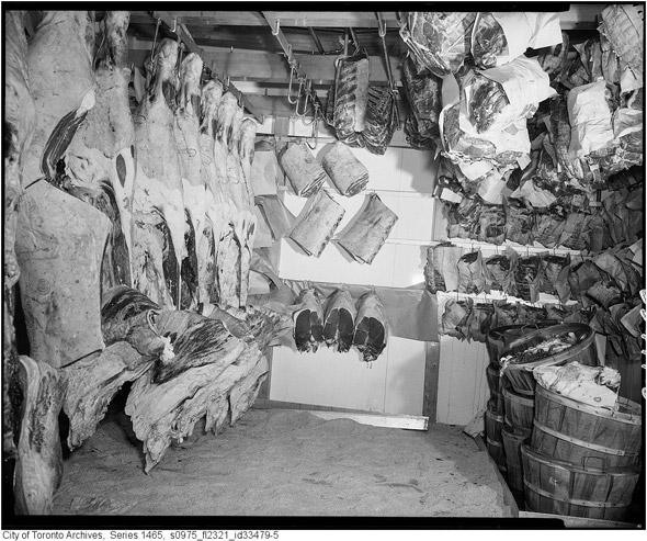 2011421-dominion-1956-cloverdale-meat-s0975_fl2321_id33479-5