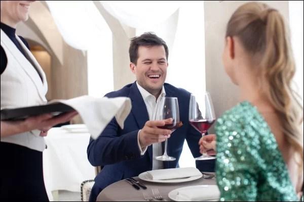 食事デートのお店選び 会話を楽しめる雰囲気