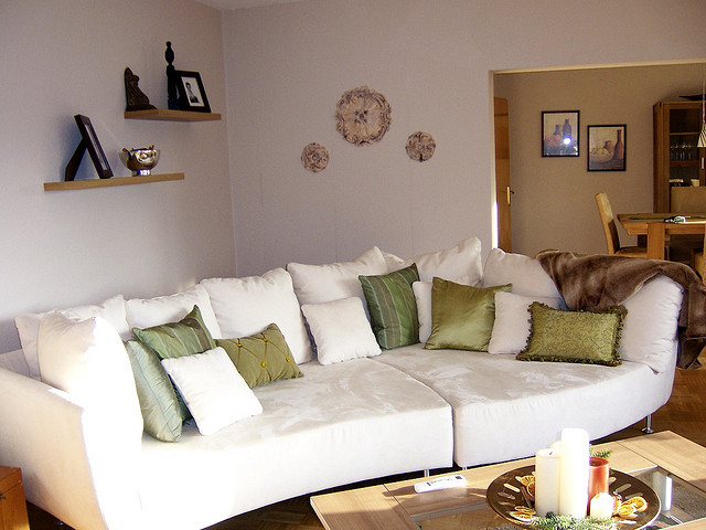 make your living room homely