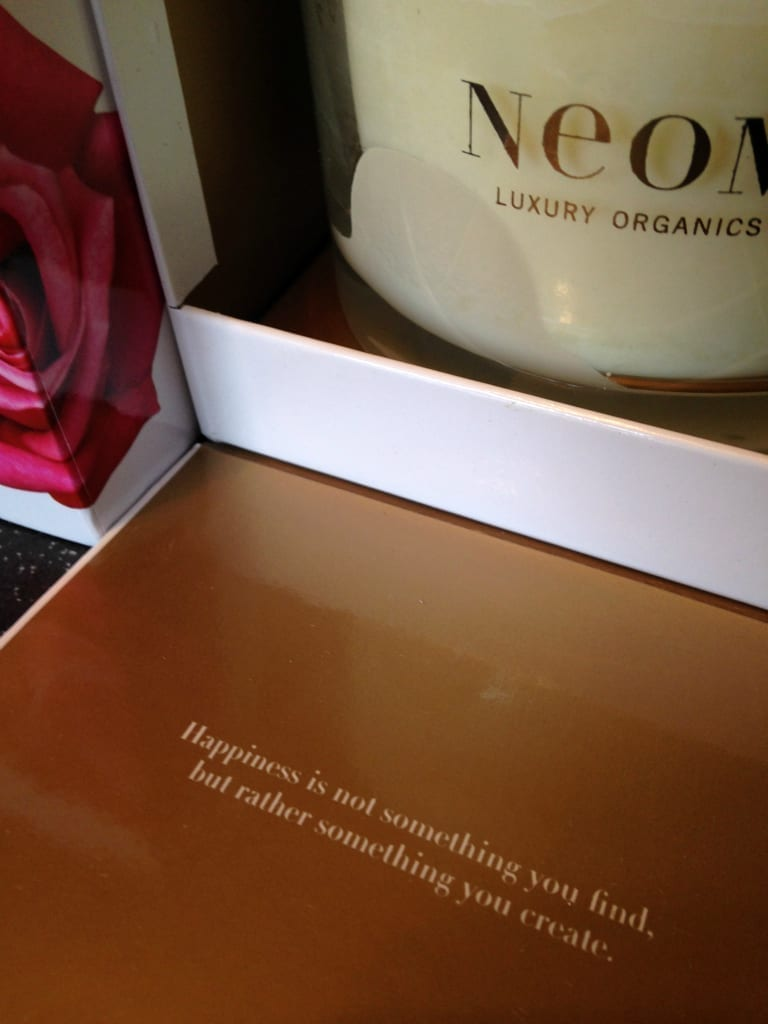 Neom candle review