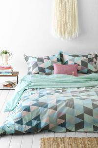 Style Ideas for a Tween Bedroom Makeover - Love Chic Living
