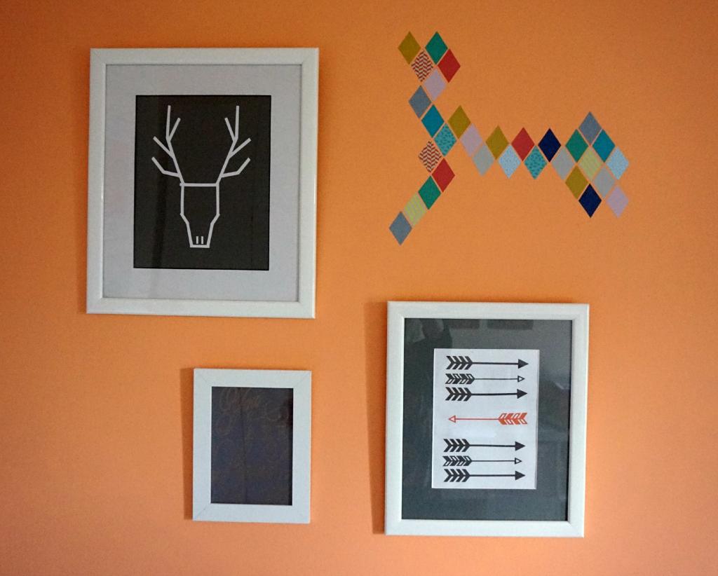 Mini wall collage