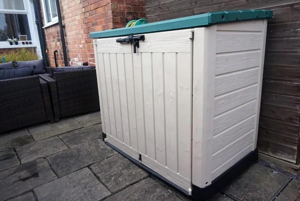 improving garden storage with keter love chic living. Black Bedroom Furniture Sets. Home Design Ideas
