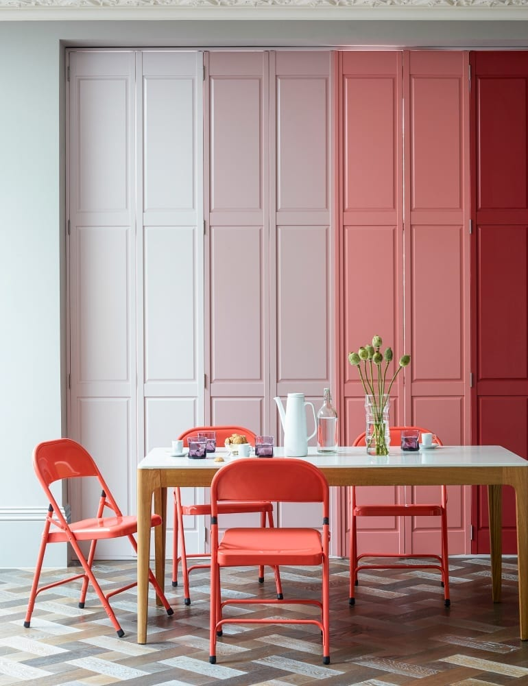 If you've ever considered window shutters for your home, here are 5 reasons why you need to invest in them. I love the fact they are so much more versatile that people think, and come in all kinds of colours, shapes and styles.