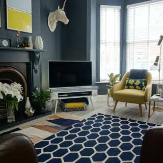 How to Layer your Living Room Rugs