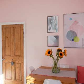 5 Easy and Creative Gallery Wall Tips