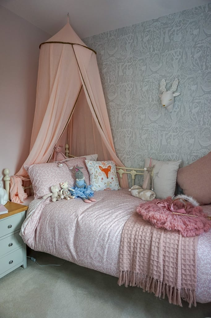 Miller Homes girls bedroom