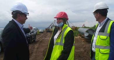 """Областният управител Ваня Събчева проведе работна среща с изпълнителите на """"Балкански поток"""" в област Ловеч"""
