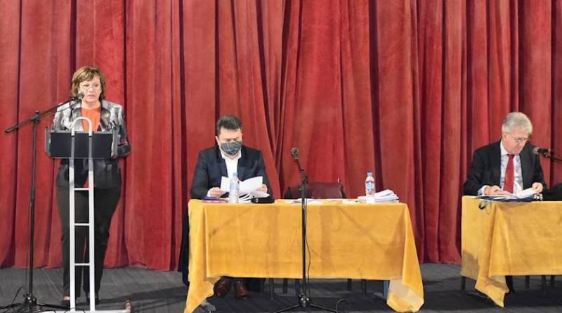 Кметът на Община Ловеч Корнелия Маринова:Бюджетът за 2021 година е насочен към и за хората