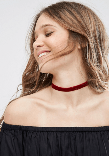 DesignB London Burgandy Velvet Choker- http://us.asos.com/DesignB-London-Burgandy-Velvet-Choker/1arlw4/?iid=6910872&mporgp=L0Rlc2lnbkItTG9uZG9uL0Rlc2lnbkItTG9uZG9uLUJ1cmdhbmR5LVZlbHZldC1DaG9rZXIvUHJvZC8.&CTARef=Recently%20Viewed&CTARef=Recently%20Viewed&CTARef=Recently%20Viewed&CTARef=Recently%20Viewed&CTARef=Recently%20Viewed&CTARef=Recently%20Viewed&CTARef=Recently%20Viewed&WT.ac=rec_viewed&CTAref=Recently+Viewed