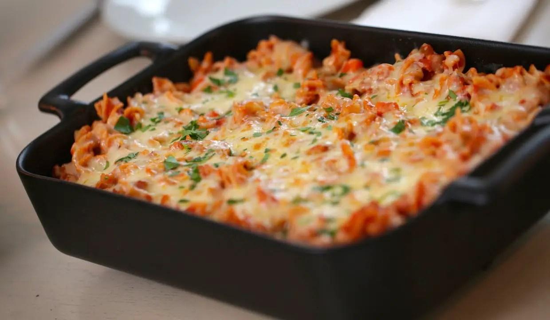 Amazing Cheesy Pizza Pasta Bake Recipe For Even The
