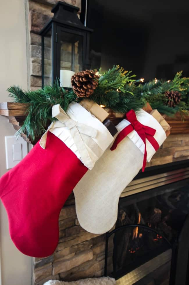 Cozy & Rustic Christmas Mantel