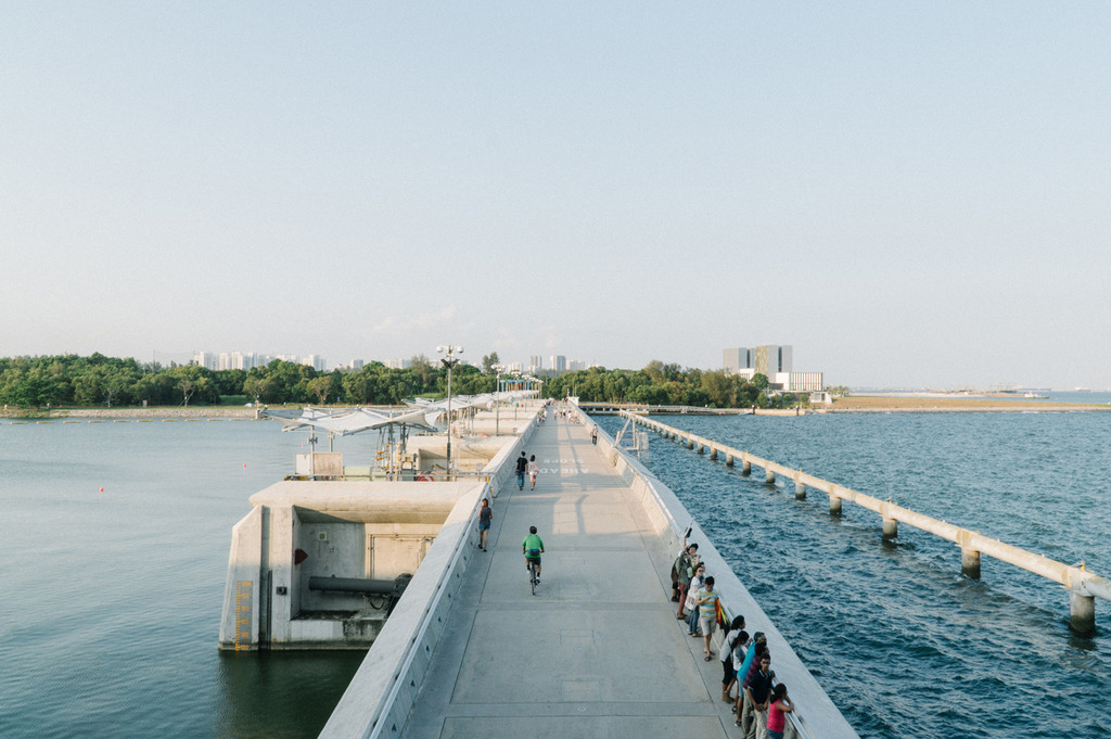 Explore Singapore Sunset At Marina Barrage Loved And