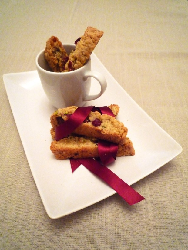 Cranberry-and-Pistachio-Biscotti4