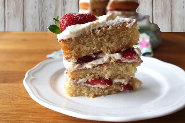 3 layer victoria cake5