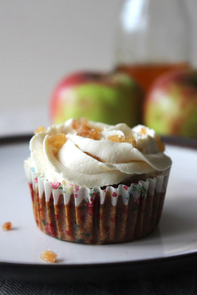 apple eggless2