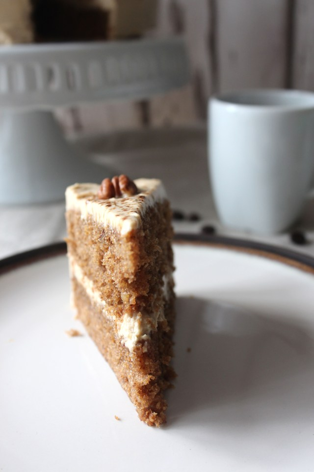 Coffee and Pecan cake8