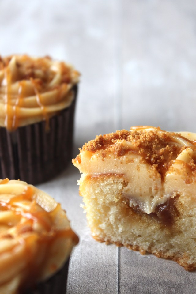 caramel-cupcakes14