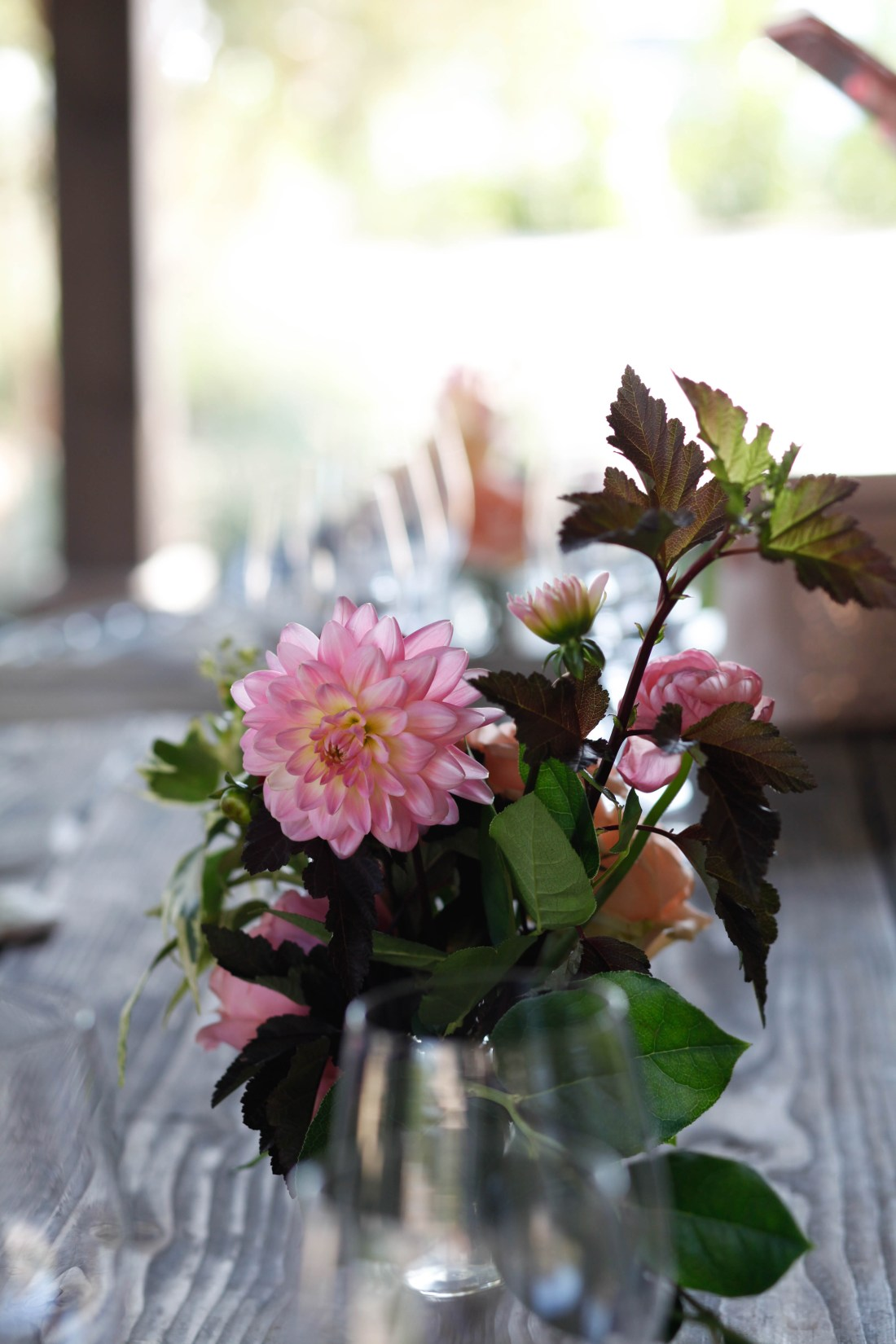Topa Mountain Winery tablesetting