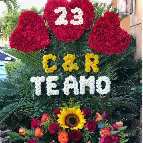 Personalized Flower Arrangement TE AMO (Call For Pricing) Love Flowers