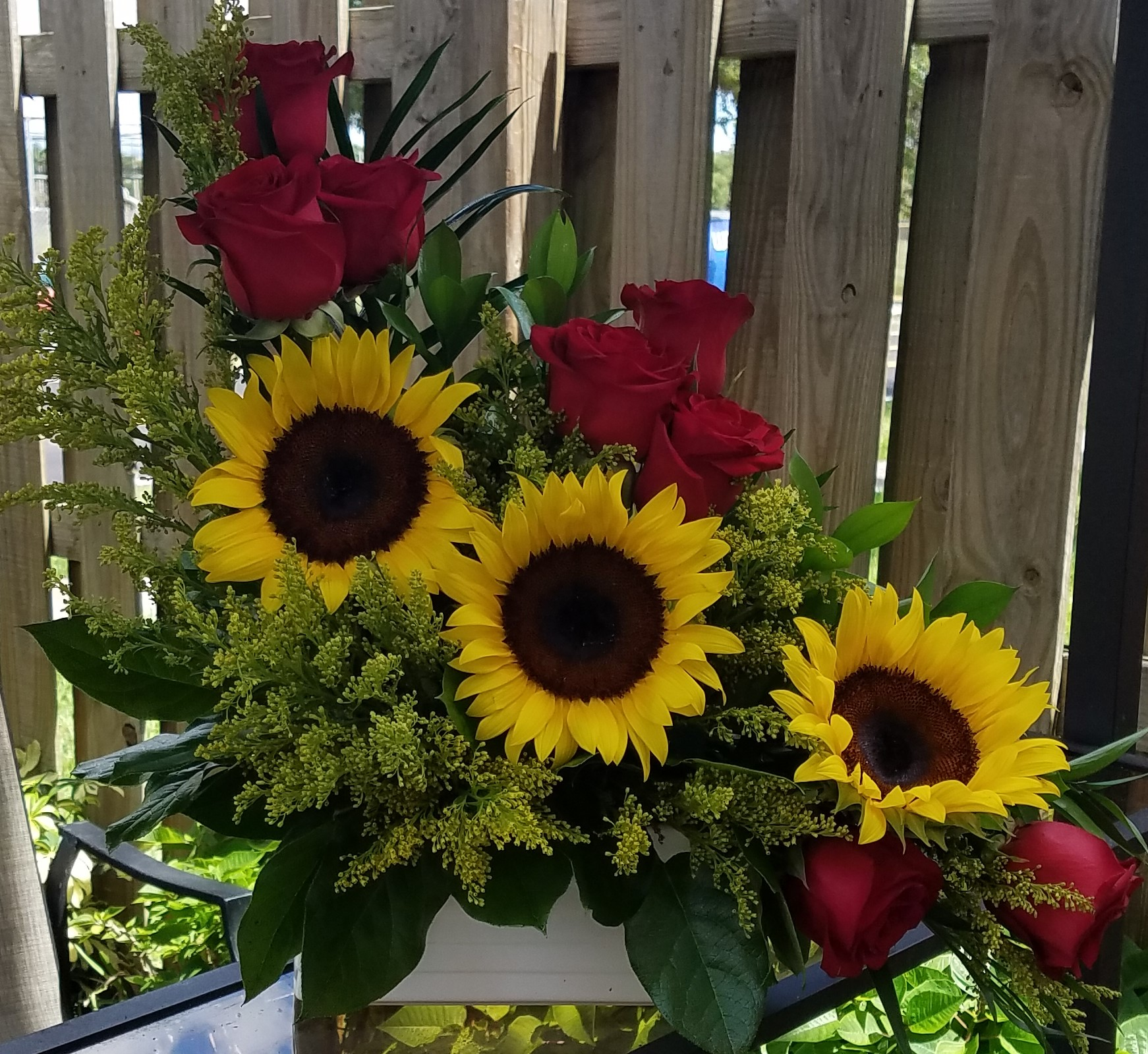 SunFlowers And Red Roses Birthday Flowers