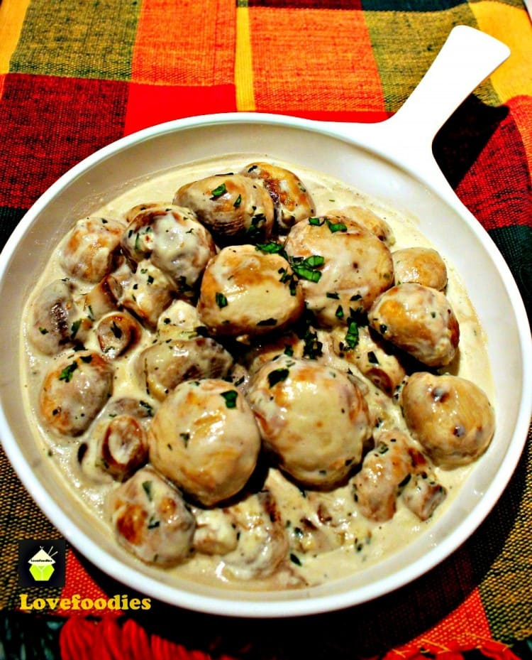 Amazingly Easy Recipes Anyone Can Make - Creamy Garlic Mushrooms