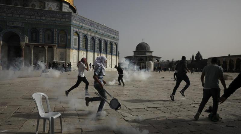 Hundreds Wounded During Temple Mount Riots on 'Jerusalem Day' Holiday