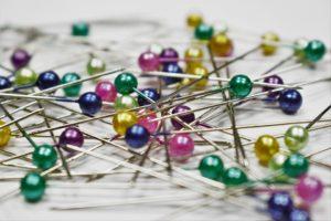 pins-1358849_960_720