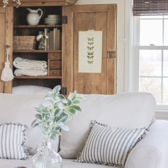 Living Room Slipcovers Interior Images India A Comfort Works Review Love Grows Wild Cozy Farmhouse With Beautiful Linen Slipcovered Sofas