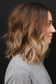 trendy hairstyles medium