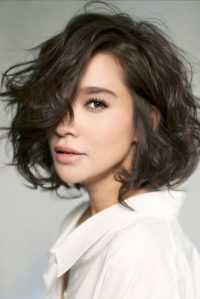 Short Hairstyles for Wavy Hair picture3