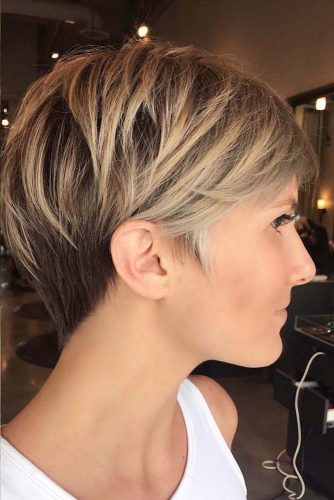 Layered Long Pixie Hairstyles #shorthaircuts #shorthairstyles #shorthair #pixiehaircuts #layeredhair