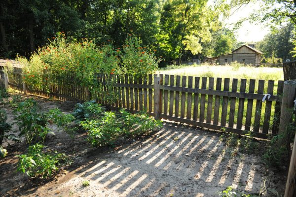fence design styles and ideas
