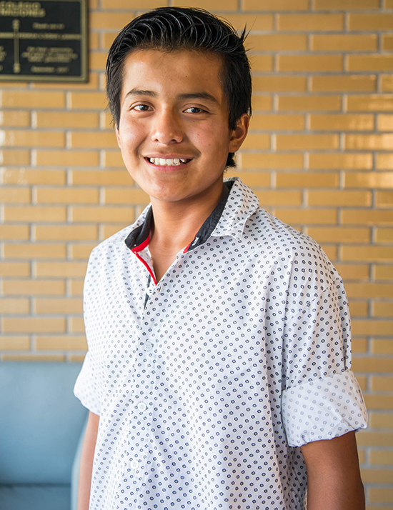 Choose to sponsor Josué