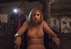 It follows 2015 horror movie