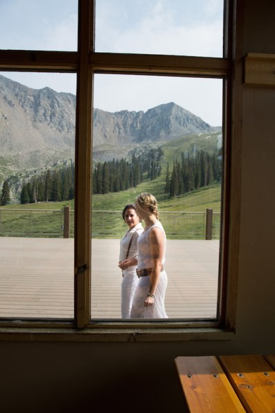 Danielle-and-Angie's-summer-ski-resort-wedding-11