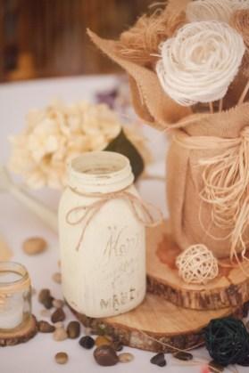 mason-jar-diy-decor-weddings