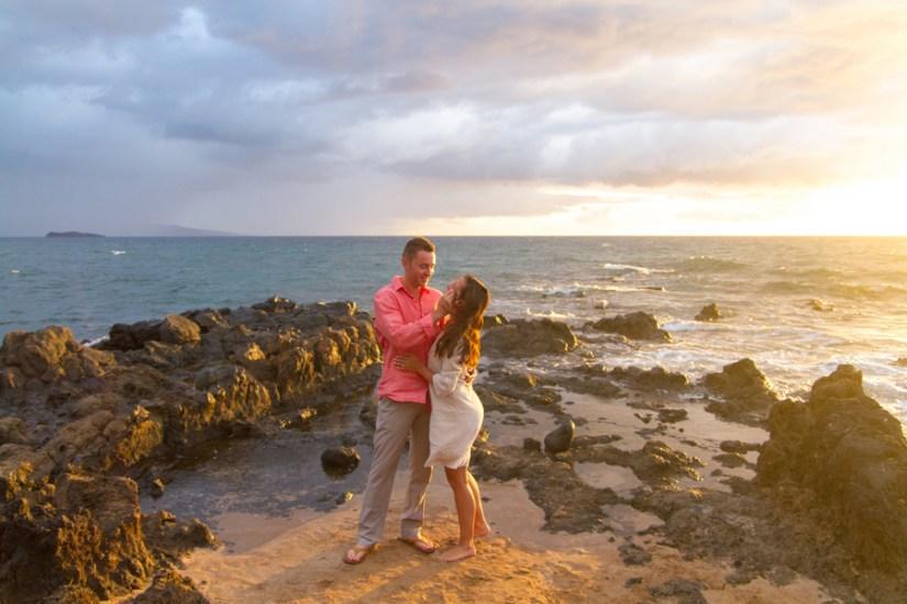 hawaii-beach-engagement-session-meewmeew-studio-18