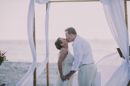 palm-island-beach-wedding-79