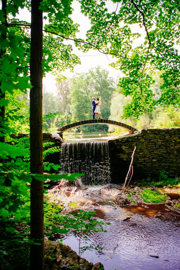 buttermilk-falls-inn-wedding-sarah-tew-photography-14