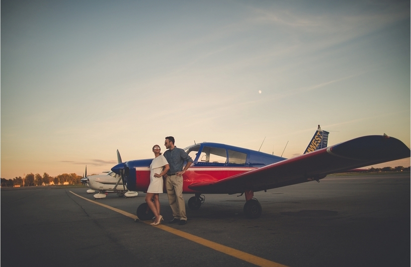 vintage-airplane-engagement-shoot-makayla-jade-photography3