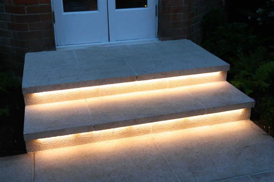 50 Gorgeous Garden Lighting Ideas Loveproperty Com | Outdoor Garden Under Stairs | Small | Crosstie | Gardening | Landscaping | Lawn