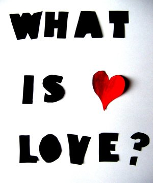 Arti Love Merah : merah, CINTA, ….?, CiNTA