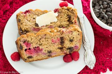 raspberry chocolate banana bread