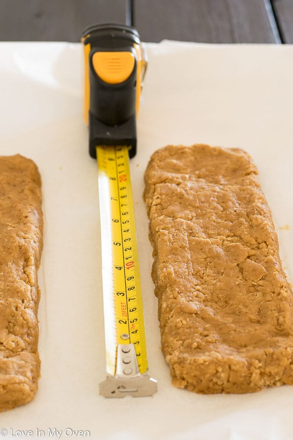 almond-vanilla biscotti logs